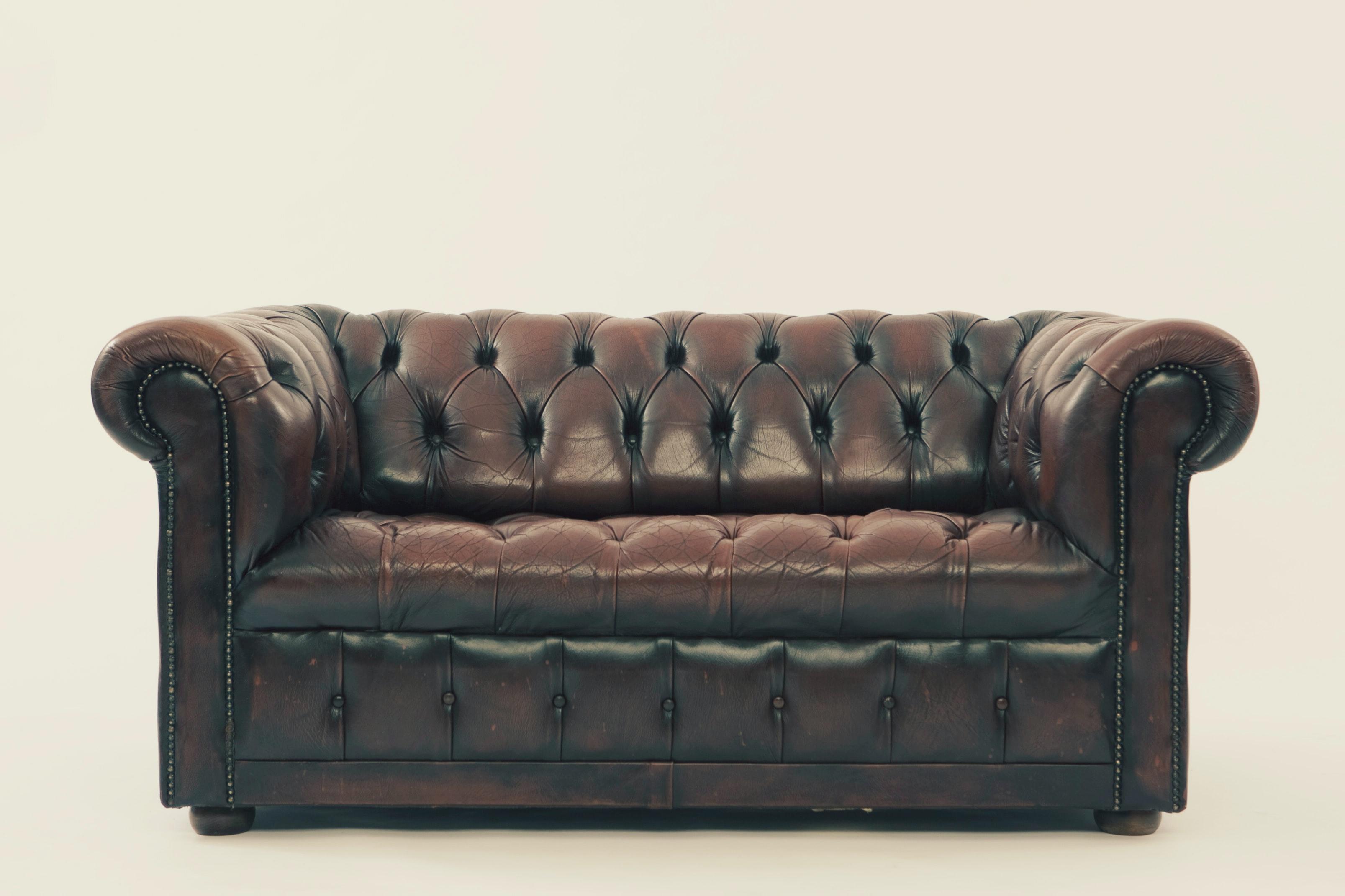Kožená sedačka – váš luxus v obývačke.