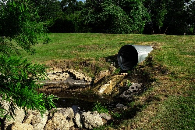 sewage-pipe-polluted-water-3465090_640